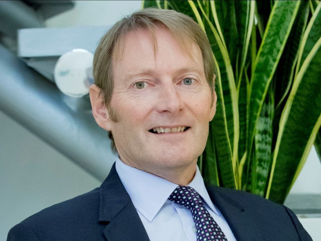 Mike Quinton, IAM RoadSmart CEO, steps down